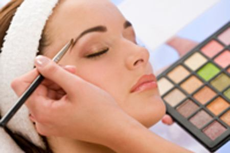 Cosmetologist Interview: Talking With a Professional