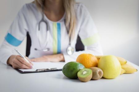Nutrition School, Career and Degree Facts | Dietitian